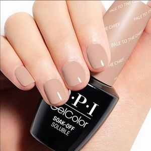 OPI Gelcolor Pale to the chief gel polish